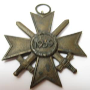 Kriegsverdienstkreuz 2. Klasse mit Schwerter-364