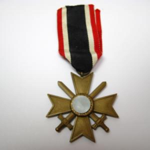 Kriegsverdienstkreuz 2. Klasse am Band-377