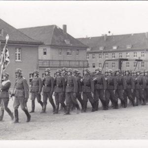 Foto: Kompanie marschierend-0