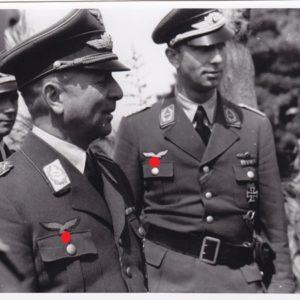 Foto Generalleutnant Drum bei einer Besprechung in Griechenland.-0