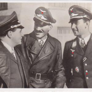 Fotopostkarte Ernst Udet mit Adolf Galland und Werner Mölders-0