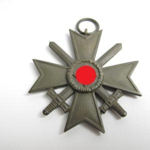 Kriegsverdienstkreuz 1939 mit Schwerter 2. Klasse-0