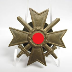 Kriegsverdienstkreuz 1. Klasse mit Schwertern.-0
