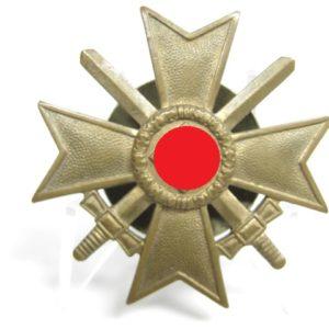 Kriegsverdienstkreuz 1. Klasse mit Schwertern.-7820