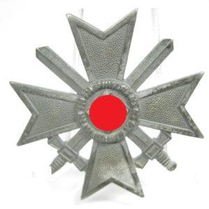 Kriegsverdienstkreuz 1. Klasse mit Schwerter-7928