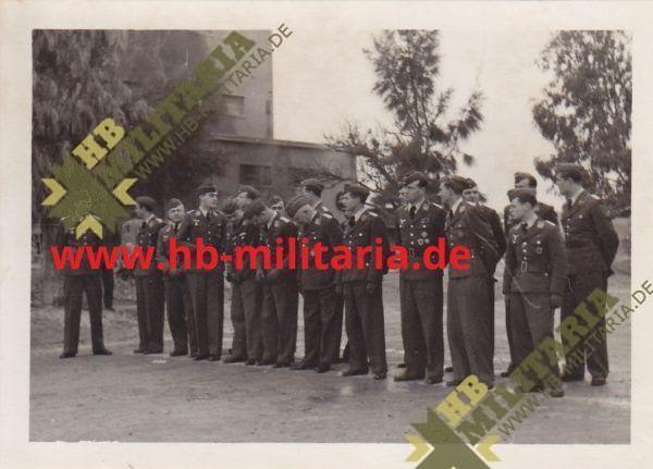 4x Fotos Italien`s König Viktor Emanuel in Comiso beim Truppenbesuch des KG30- Werner Baumbach-8654