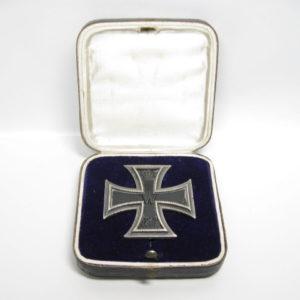 Eisernes Kreuz 1. Klasse. EK1 1914 Hersteller SW im Etui-0