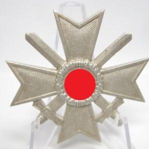 Kriegsverdienstkreuz 1. Klasse mit Schwertern-8709