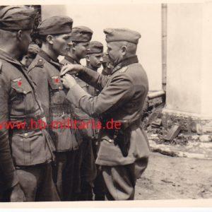 Foto General Karl Sachs. 257. Infanterie Division.-0