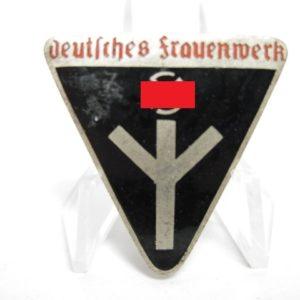 Deutsches Frauenwerk Mitgliedsabzeichen.-11529