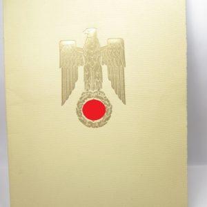 Original Tintenunterschrift Adolf Hitler für Beförderungsurkunde des Reichsbahndirektors Alfred Daus.-11498