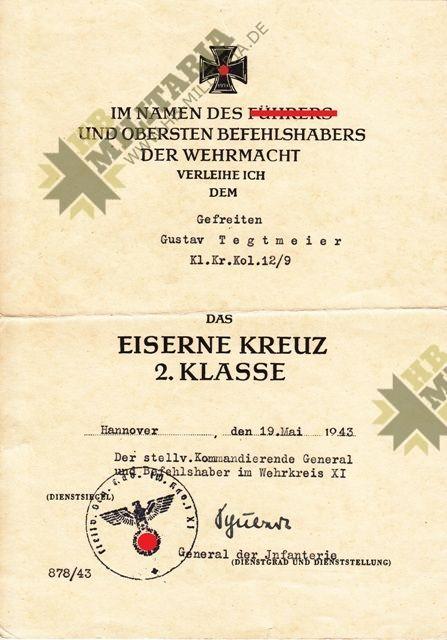 Dokumentennachlass mit Unterschrift Ritterkreuzträger General Albrecht Schubert.-11327