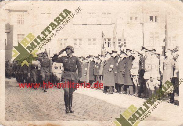 Deutsches Kreuz in Gold Nachlass eines Hauptmann`s im Grenadier Rgt. 689.-11737
