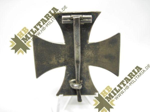 Eisernes Kreuz 1. Klasse von 1914. 800er Silberpunze.-11771