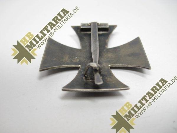 Eisernes Kreuz 1. Klasse von 1914. 800er Silberpunze.-11777