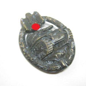 IMG 5966 300x300 - Panzerkampfabzeichen bronze
