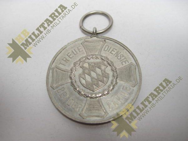 IMG 6014 600x450 - Medaille Bayern: Treue Dienste bei der Fahne