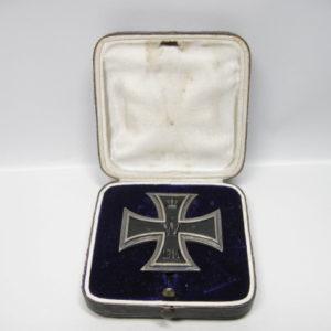 IMG 6052 300x300 - Preußen Eisernes Kreuz 1914 1.Klasse im Etui.