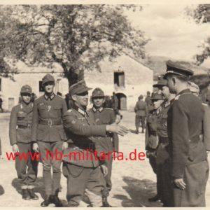 IMG 0002 1 300x300 - Foto Scharfschütze mit Ritterkreuz, evtl. Eichenlaubträger