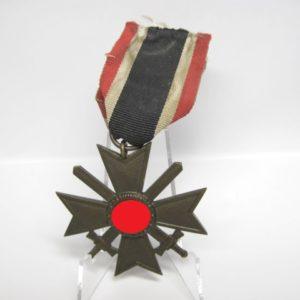 IMG 7901 300x300 - Kriegsverdienstkreuz 2. Klasse 1939 am Bandabschnitt