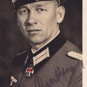 IMG 0039 300x300 - Ritterkreuzträger Major Dr. Werner Pankow. Originale Unterschrift.