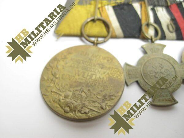 IMG 8119 600x450 - Preussen: Ordensschnalle Medaille Verdienste um den Staat. Erinnerungskreuz Königgrätz, Gefechtsspangen Gravelotte, Paris, Zentarmedaille, Kriegsdenkmünze 1870/71