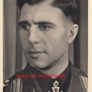 IMG 20200614 0001 300x300 - Fotopostkarte Eichenlaubträger Hugo Primozic. Mit originaler Unterschrift.
