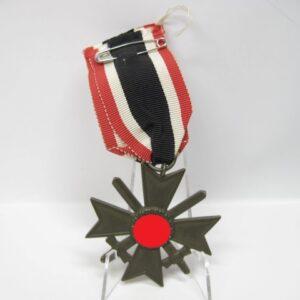 IMG 1243 300x300 - Kriegsverdienstkreuz 2. Klasse mit Schwerter am Band