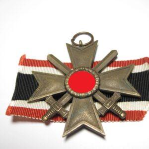 IMG 1447 300x300 - Kriegsverdienstkreuz 2. Klasse mit Schwerter