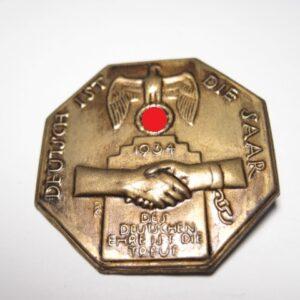 IMG 1823 300x300 - Treue um Treue. Saar 1935.