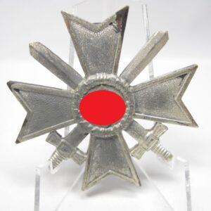 IMG 1971 300x300 - Kriegsverdienstkreuz 1939 erste Klasse mit Schwerter