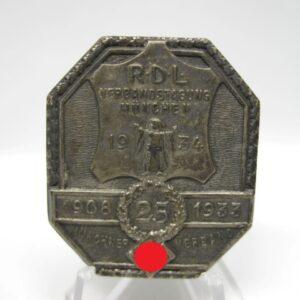 IMG 2739 300x300 - Abzeichen RDL Verbandstagung München 1934